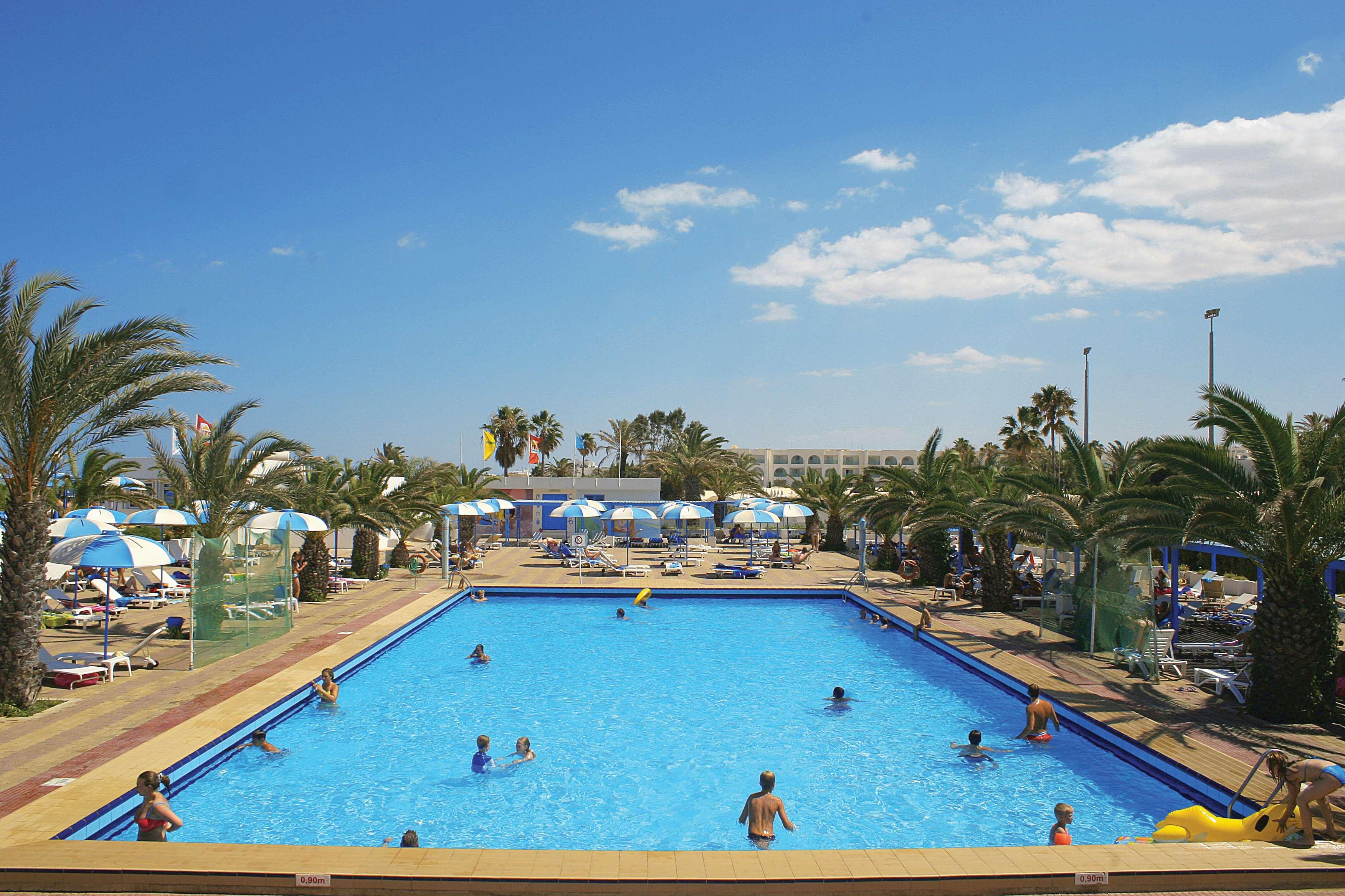 El Mouradi Club Selima***