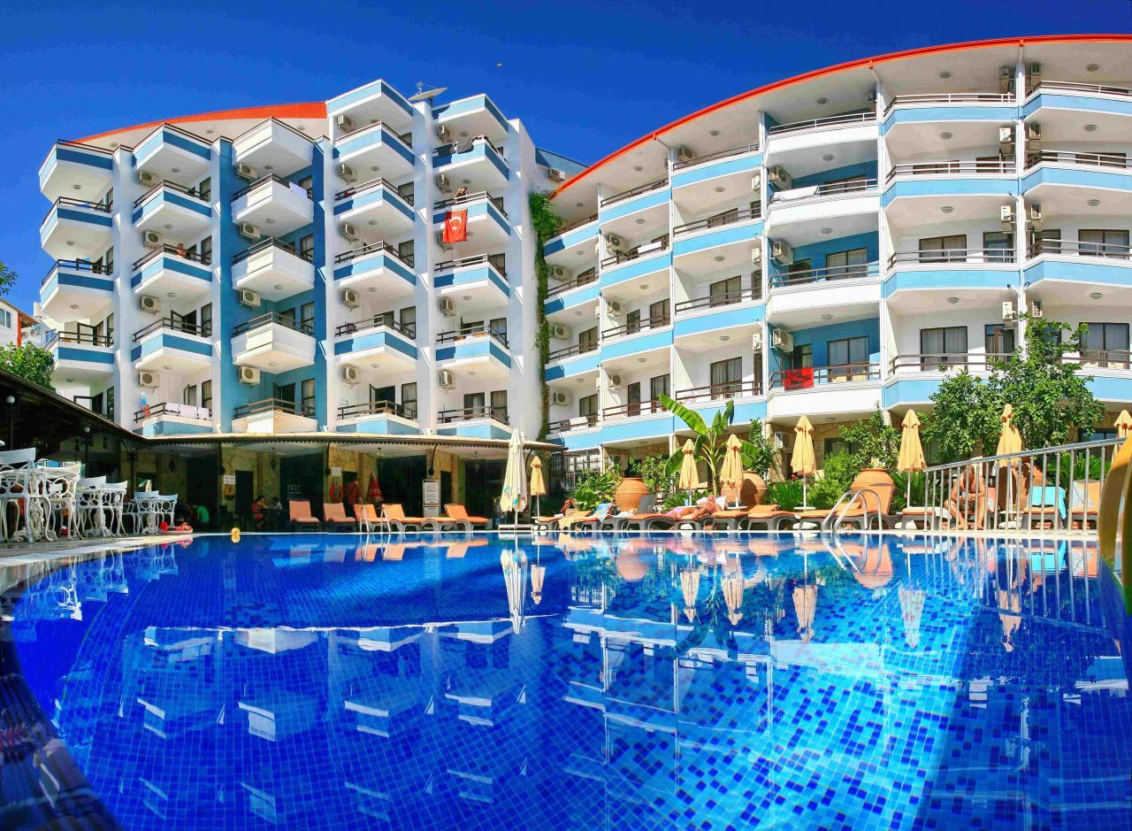 https://rw-taurusreisen.bluevendo.com/images/bv/hotel/5436/1bf96b10b95433238fe708fff017885d_havuz-otel_pano3_1.jpg