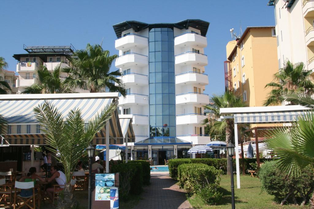 Elysee Beach Hotel***