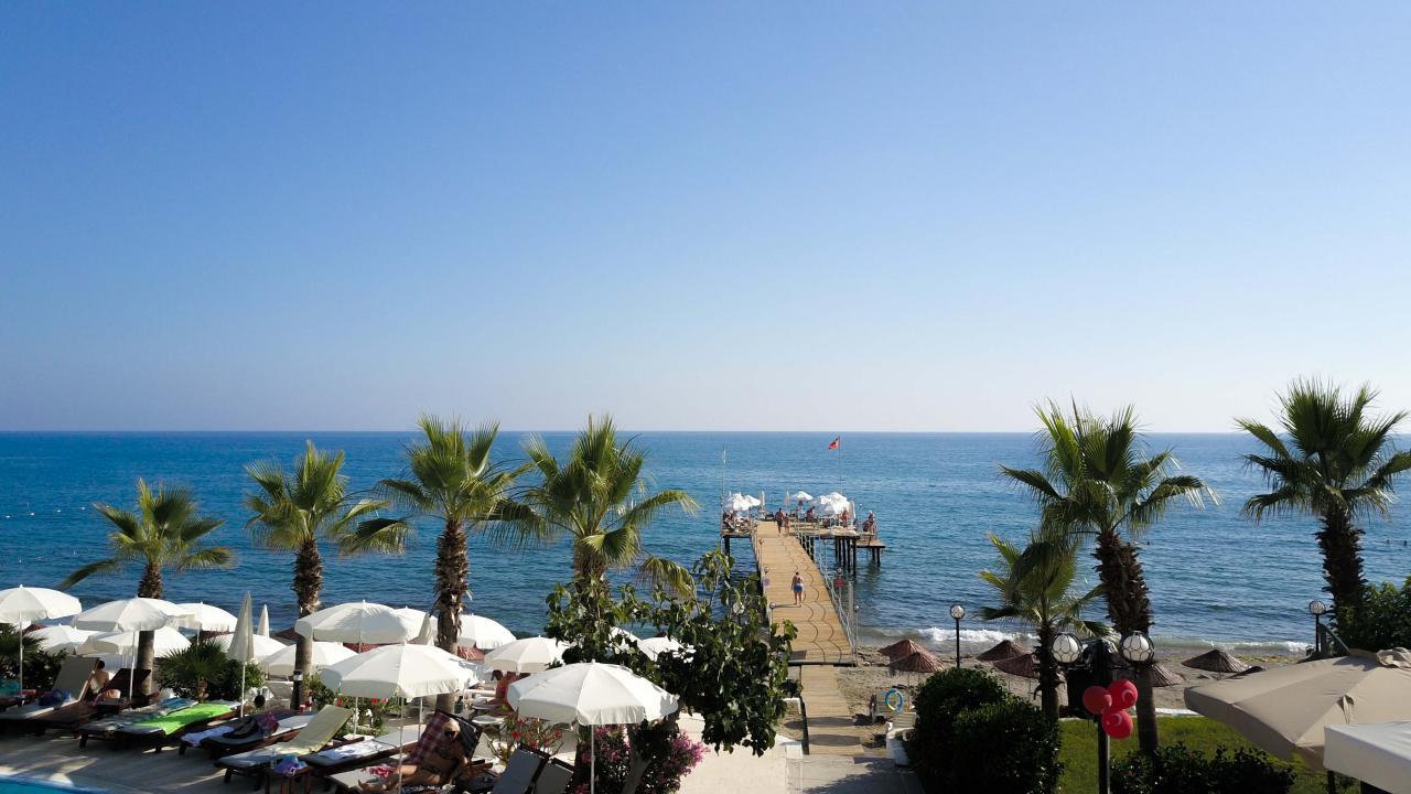 Anitas Beach Hotel****